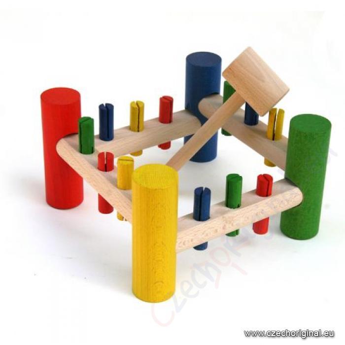hammerspiel und kinder werkzeug. Black Bedroom Furniture Sets. Home Design Ideas
